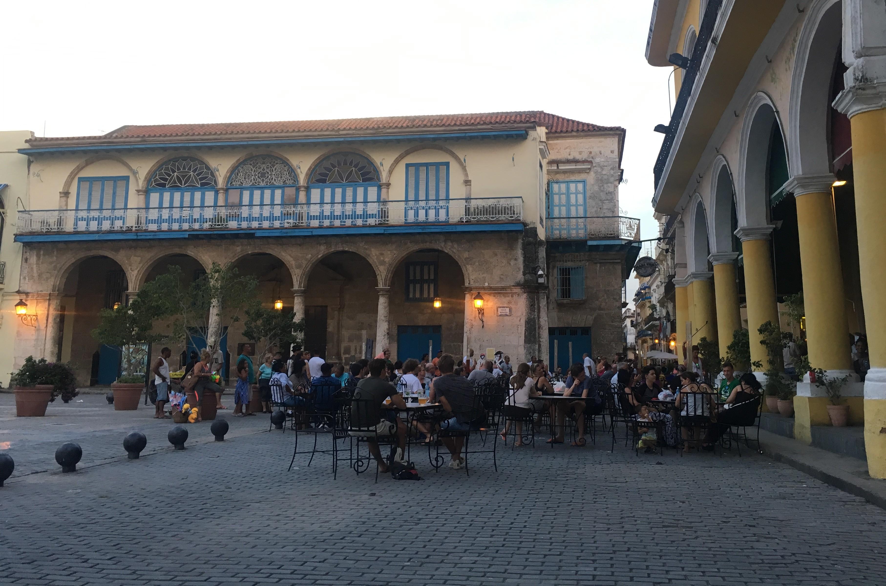 Cuba - Havana Plaza Vieja